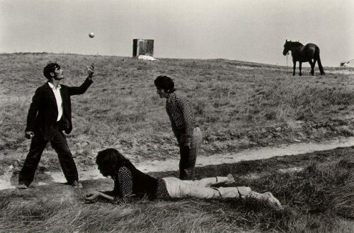 Josef Koudelka_toss.jpg