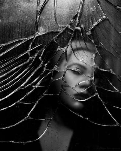 Kalliope Amorphous Marlene-Dietrich-Mirrors-7.jpg