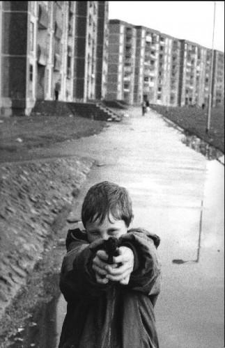 Martine Frank ireland 1993.jpg