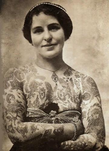 vintage-photographs-of-tattooed-women-3.jpg