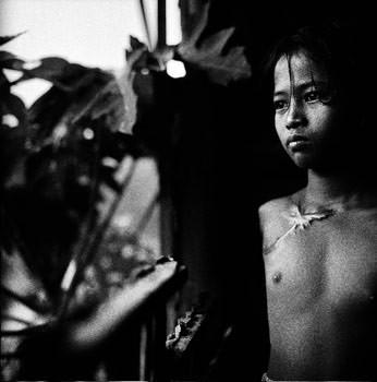paolo pellegrin_phnom penh cambodia 19982.jpg