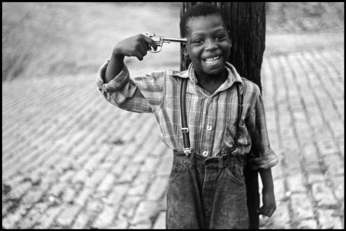 Elliott Erwitt Pennsylvania 1950.jpg