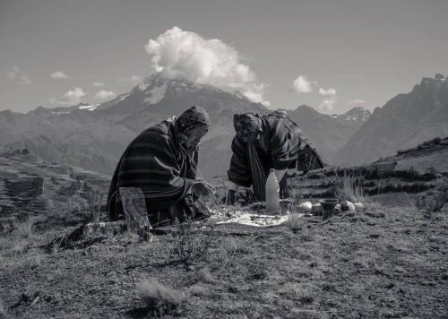 Andean Shamans mesa blanca69_n.jpg