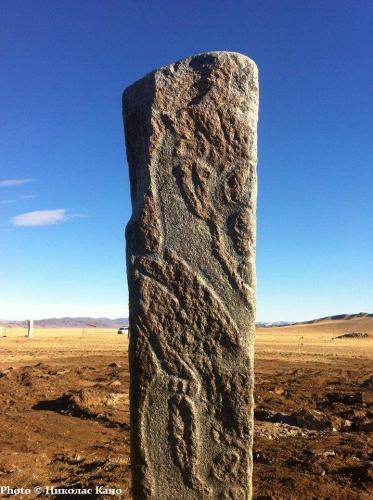 Николас Кано Monolithe âge de bronze près de Mörön Mongolie nord_n.jpg