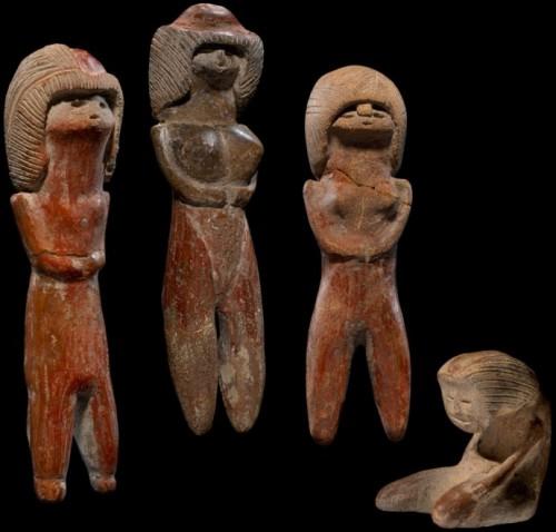 Figures féminines   env 5500ans  Valdivia, Province de Guayas , Equateur.jpg