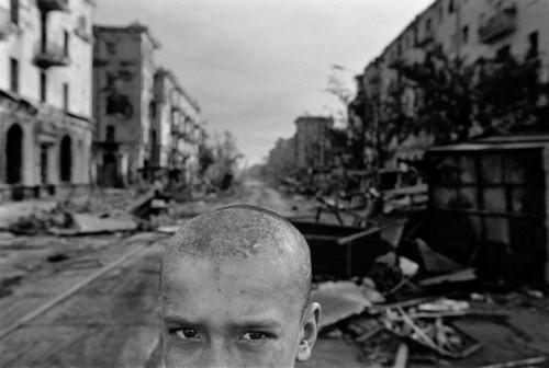 James Nachtwey Tchétchénie Grozny 1996.jpg