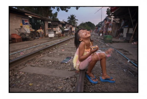 Simon Kolton people from the railway bangkok26.jpg