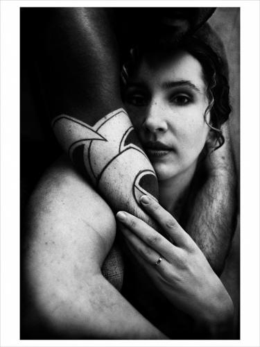 andres petersen 2008_kvinna_med_tatuerad_arm-4.jpg