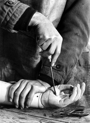 Peter Keetman, Hande (Hands), 1948.jpg