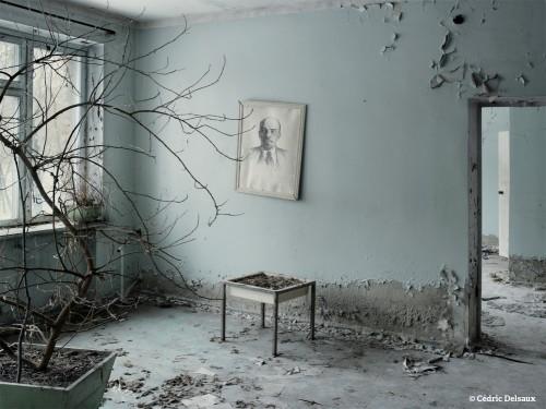 cédric delsaux Tchernobyl la salle d'attente Pripiat Ukraine 2007.jpg