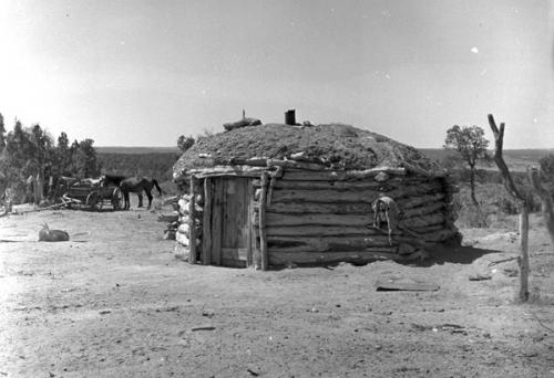 Don Blair Hoogan dineh (Navajo) 1950's Nouveau-Mexique.jpg