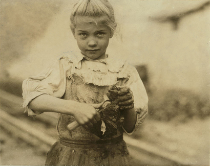 Lewis Hine ouvreuse d'huitre 1911 South Carolina..png
