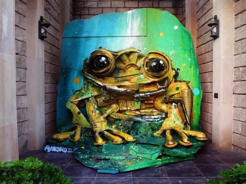 Artur Bordalo le street art recyclé.jpg
