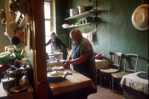Françoise Huguier Petersburg,Kommunalka.jpg