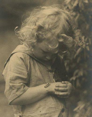 Ruth Alexander Nichols Kid and caterpillar, 1920s.jpg