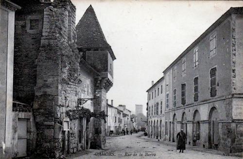 Cahors rue de la Barre.jpg