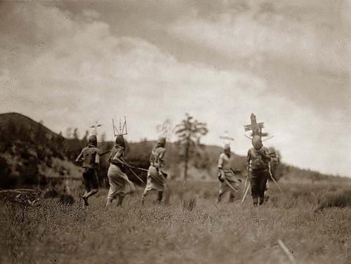 Edward S. Curtis Apache Dancers 1906.jpg