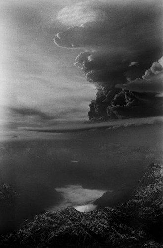 sergio larrain CHILE. Eruption of Puyehue volcano. May 1960..jpg