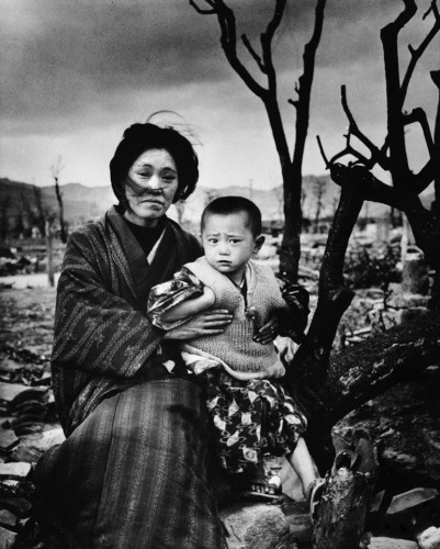 Alfred Eisenstaedt 1945 Hiroshima, Four Months After.jpg