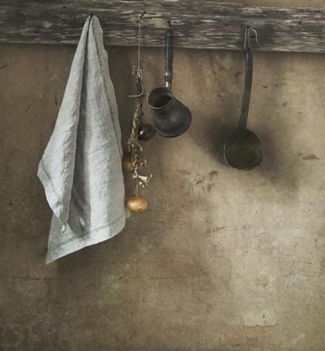 Olga Vlasova kitchen still life.jpg