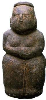 déesse Çatalhöyük 15,5cm, 6ème millénaire.jpg
