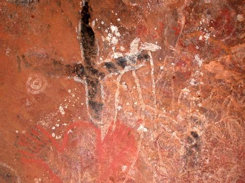 aboriginal uluru rockaftmalawalk11rockart Kantju Gorge .jpg