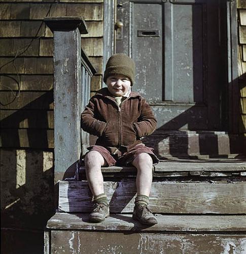 Ida Wyman, Hands in Pockets, New York City, 1947.jpg