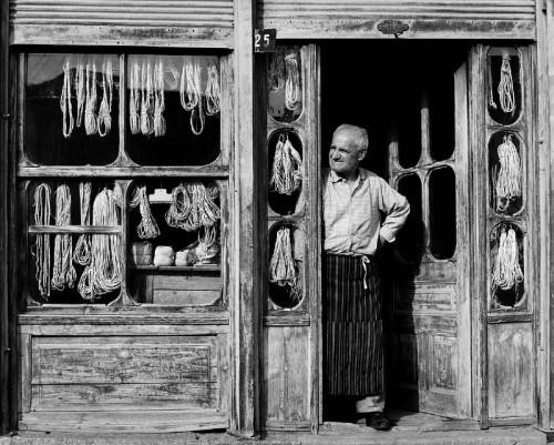 Neil Folberg Ropemaker Macedonia 1971.jpg