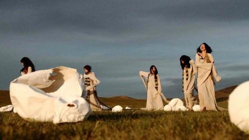 Enkhjargal Ganbat performance A lullaby to Mother Earth' (2011).jpg
