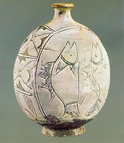 Buncheong corée céramique trad milieu XIVe jusqu'au milieu  XVIe siècle. .jpg