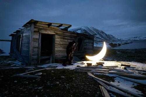 Leonid Tishkov private moon.jpg