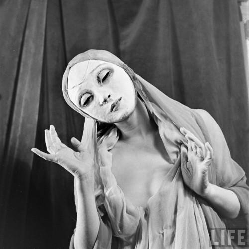 Nina Leen (1909-1995) margaret severn mask dances.jpg