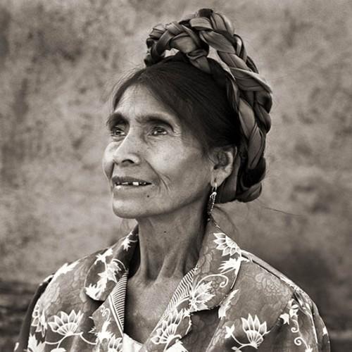 dana Gluckstein Mexico_ElderWomanProfile_Oaxaca.jpg