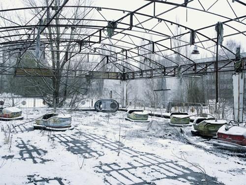 cédric delasaux Tchernobyl 2 La fête forraine, Pripiat, Ukraine 2007.jpg