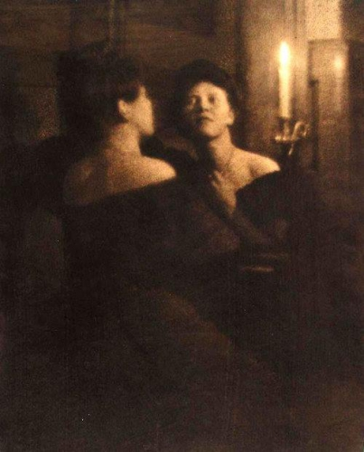 Heinrich Kühn Woman at the mirror, 1906_n.jpg