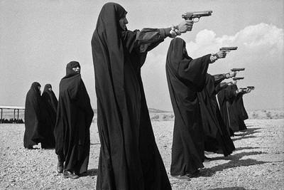 jean gaumy  iran-tehran-1986.jpg