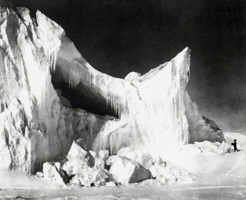 HERBERT PONTING. An Iceberg in Midsummer, Antarctica, 1910-13. .jpg