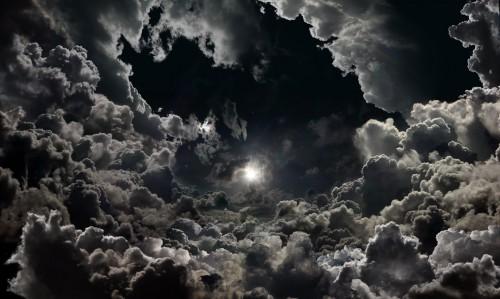 SEB JANIAK THE_KINGDOML_Moon_above_clouds_2009.jpg