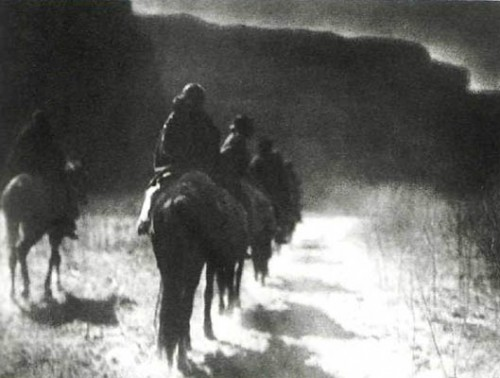 EDWARD S. CURTIS. The Vanishing Race, c. 1904. .jpg