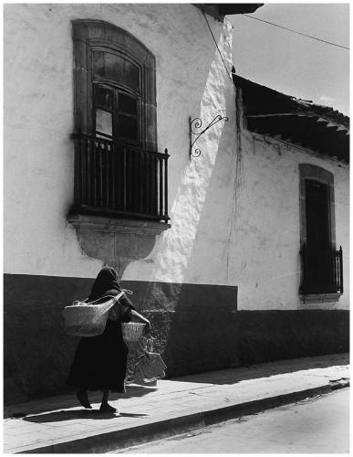 Todd Webb Market Day, Oaxaca, Mexico, 1968.jpg