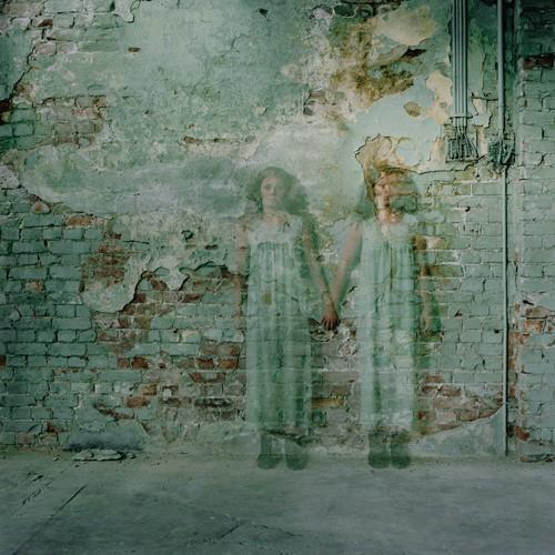 Anja-Niemi-Wallflower-oslo-2005.jpg