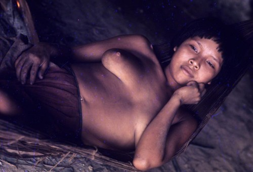 claudia-andujar-Índios Aharaibus, norte do Rio Negro, Amazonas – 1971 9.jpg