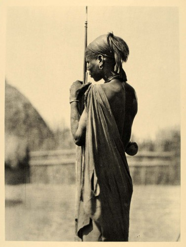 Hugo Adolph Bernatzik Nuer Man in dress of the Shilluk (or Cholo) Anglo-Egyptian Sudan, 1930's.jpg