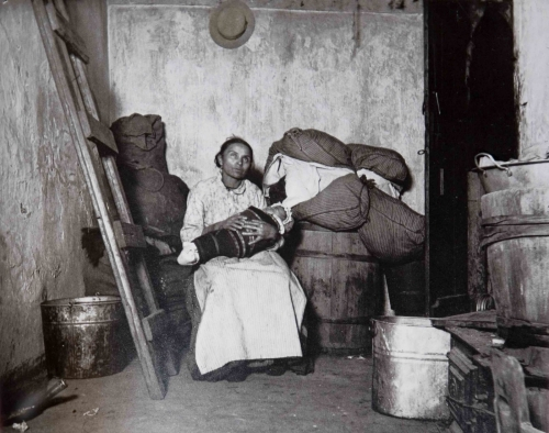 Jacob Riis How the Other Half Lives 1880 0.jpg