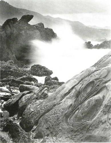 Wynn Bullock Point Lobos Wave, 1958 .jpg
