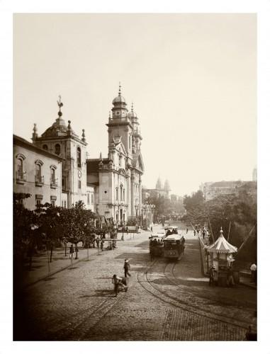 marc ferrez-Largo do Paço e rua Primeiro de Março, c. 1890 Rio de Janeiro,.jpg