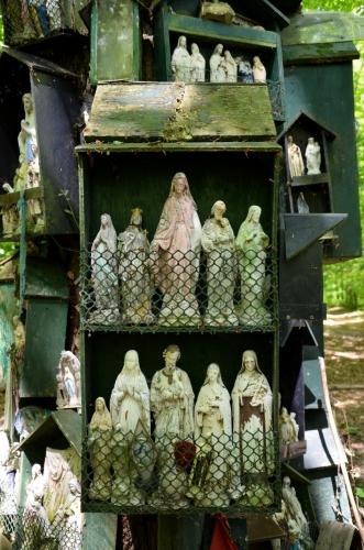 Le Chêne à la Vierge  Ille-et-Vilaine, entre La Guerche-de-Bretagne et Rannée 3.jpg