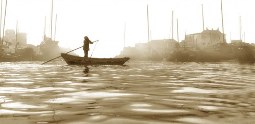 FaN Ho boatwomaninblack.jpg