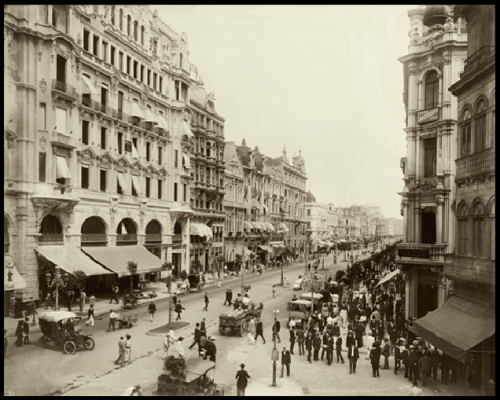 Marc Ferrez 1910 avenida central rio de janeiro.png