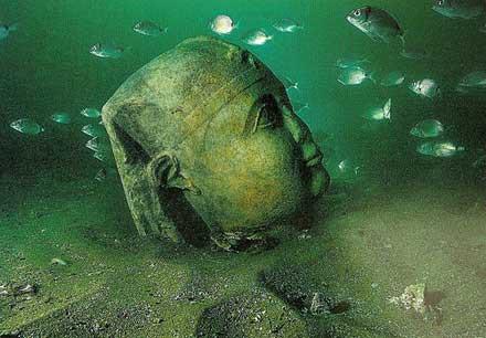 underwater-alexandria-egypt.jpg